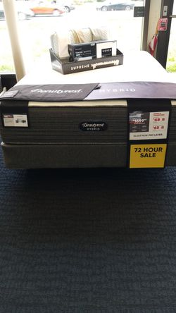 Simmons Beautyrest Hybrid Plush mattress Thumbnail