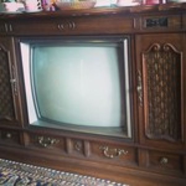 1983 Zenith Space Command TV Console Vintage Television for Sale in  Duncanville, TX - OfferUp