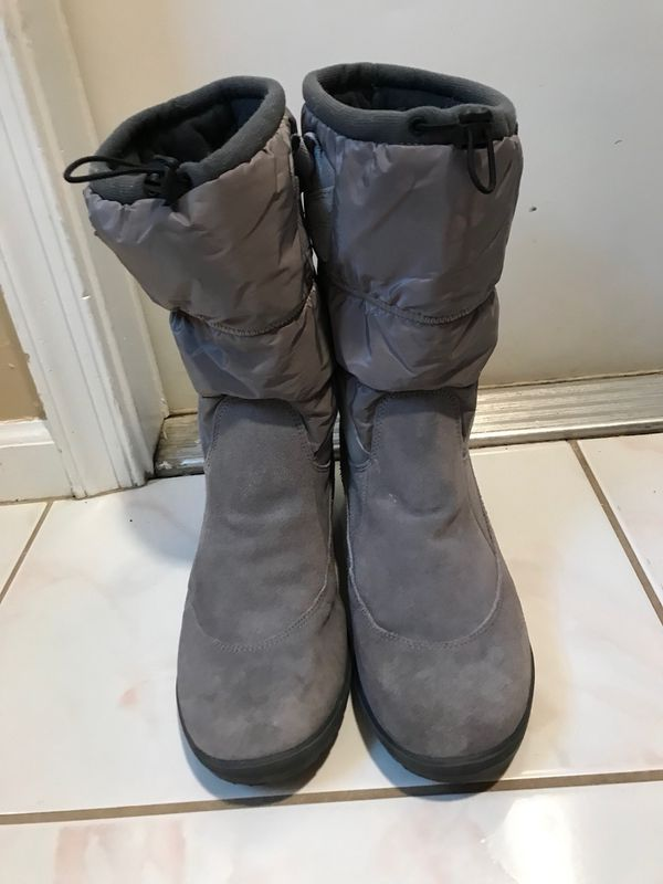 1737268455 Lands End Womens Boots Size 11 for Sale in Loxahatchee