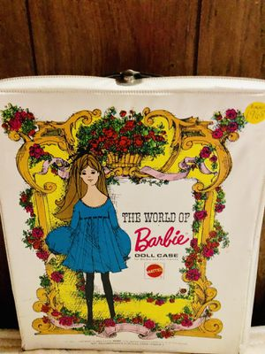 Vintage 1968 World Of Barbie White Doll Case for Sale in Lincoln Park, MI