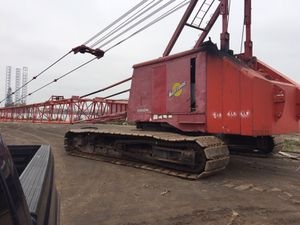 I have this MANITOWOC 4000 S2 VICON, 175 Ton , 225' OF Boom , 3 Drums , Cat Diesel for Sale in Houston, TX