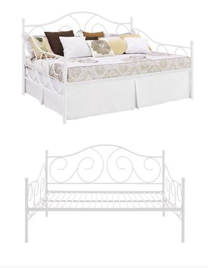 Full Size Metal daybed for Sale in Phoenix, AZ