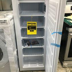 Frigidaire Up Right Freezer White Thumbnail