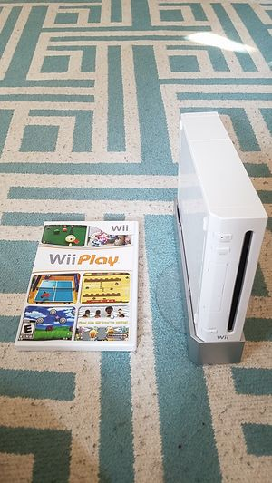 Wii console and Wii game for Sale in Covington, WA