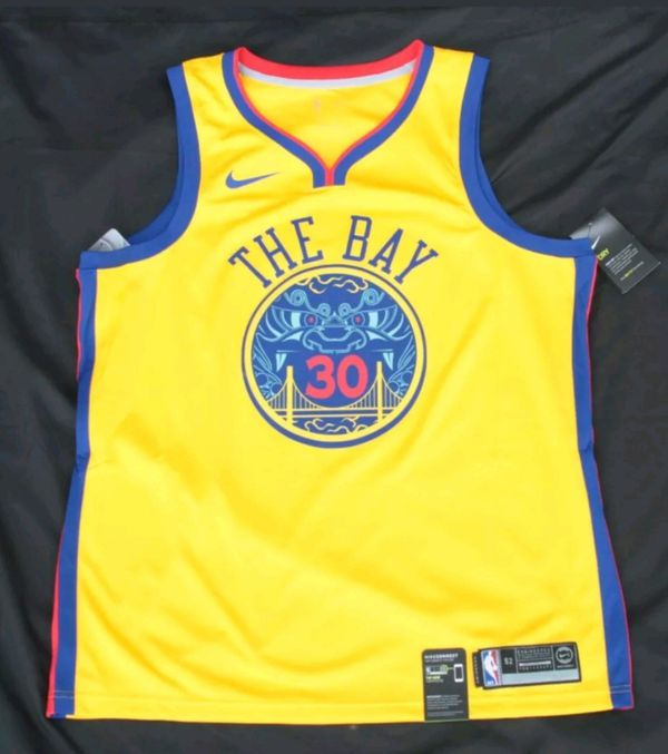 hot sale online 8ef17 400b0 GOLDEN STATE WARRIORS STEPH CURRY THE BAY JERSEY SIZE LARGE for Sale in Los  Angeles, CA - OfferUp