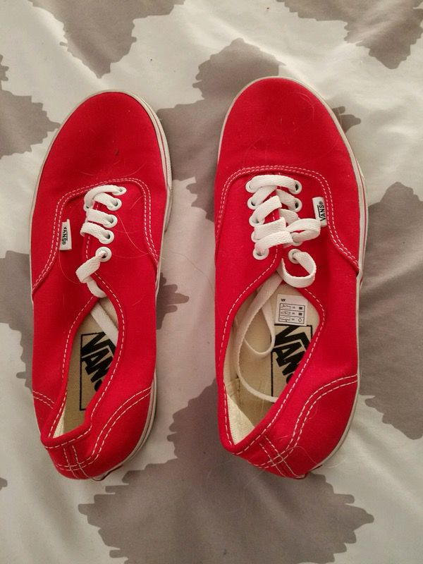 1c8dcdd32818aa Red and white authentic vans