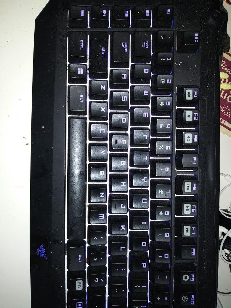 Razer keyboard mousepad and mouse