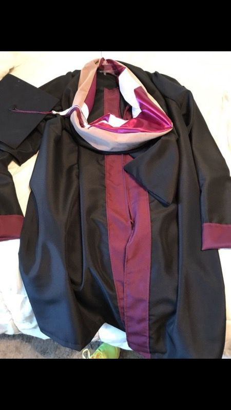 TWU masters degree cap and gown for Sale in Dallas, TX - OfferUp