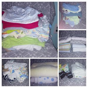 Graco Car Seat & Box of Infant clothes for Sale in Falls Church, VA
