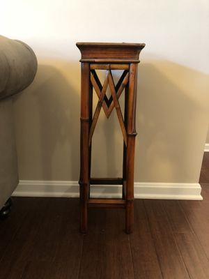 """Plant stand 30"""" tall x 9"""" wide for Sale in Sterling, VA"""