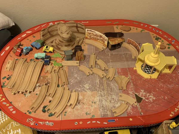 Terrific Kidkraft Disney Cars Radiator Springs Race Track Set Table For Sale In Rancho Cucamonga Ca Offerup Download Free Architecture Designs Scobabritishbridgeorg