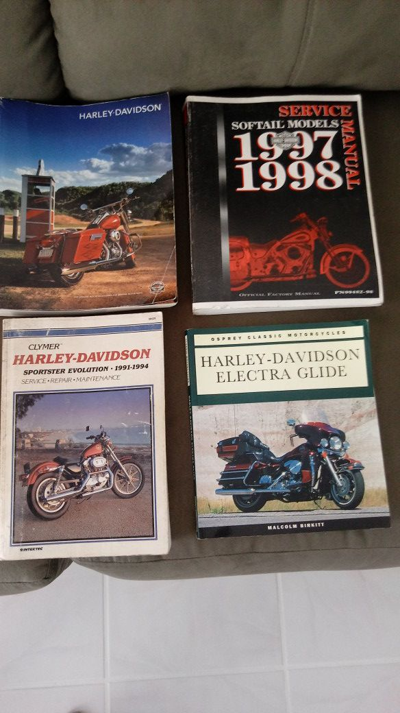 4 Harley Davidson Books for Sale in Cape Coral, FL - OfferUp