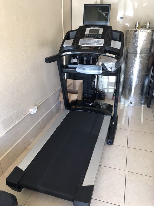 Nordictrack Elite 7700 Treadmill With Tv Included For Sale In