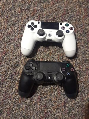 2 PS4 Controlers for Sale in Washington, DC