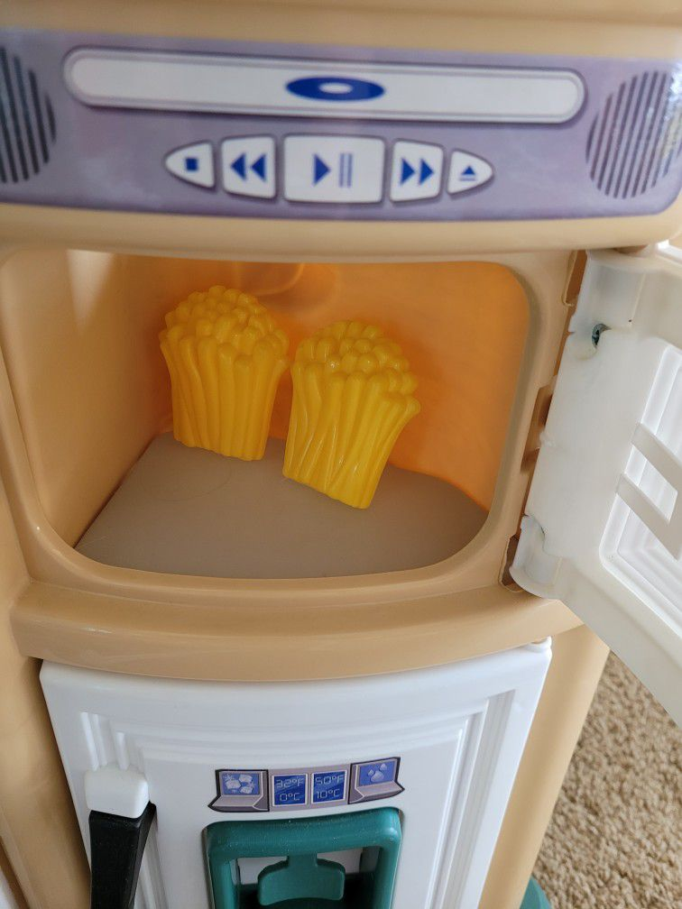 Gently Used Kitchen Children's Play Set With Extra Plastic Toys