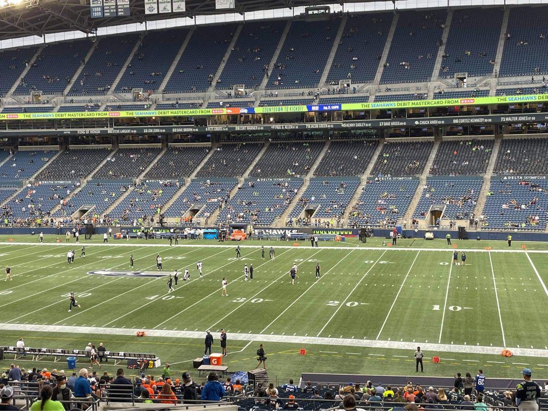 Seattle Seahawks Delta Sky360 Club Tickets/Seats