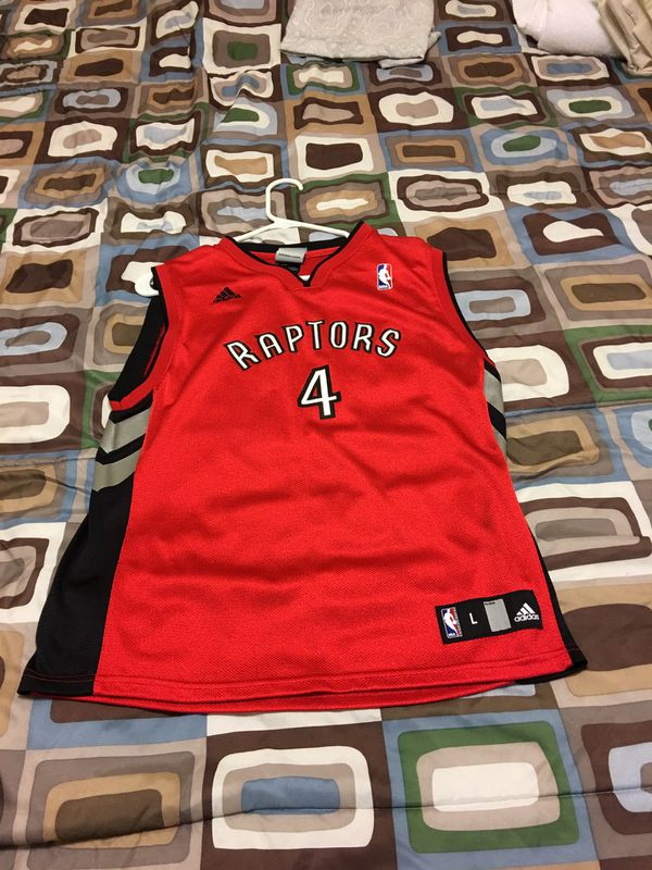 quality design ffd81 eff3e Toronto Raptors Chris Bosh Jersey, Size: Youth Large for Sale in Lake  Worth, FL - OfferUp