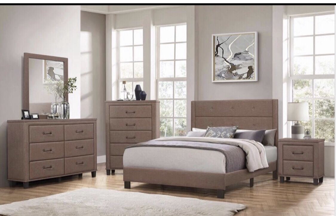 Furniture queen El Rio furniture finance available down payment $39 1456 belt line rd suite 121 Garland tx 75044 Open from 9:30-7:30