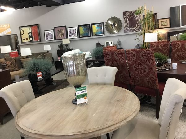 Round Light Wood Table With Four Light Fabric Chairs For Sale In Fountain