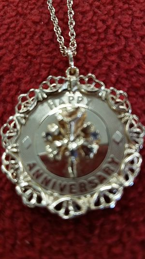 HAPPY ANNIVERSARY PENDANT AND CHAIN for Sale in Saint Cloud, FL