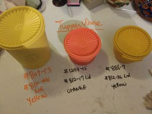 Lot of 3 vtg Tupperware Canisters: yellow 809, orange 1297, yellow 886. W/lids for Sale in Pahrump, NV