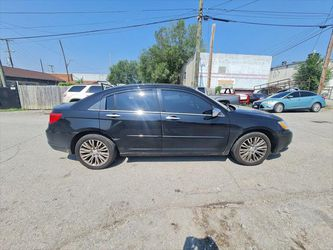 2012 Chrysler 200 Thumbnail