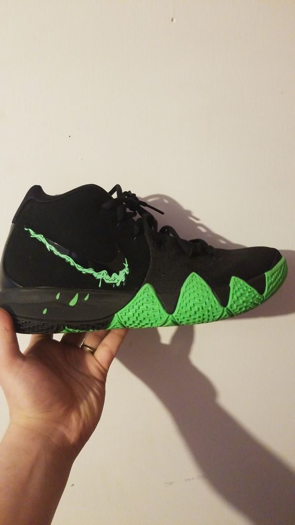 cheaper dc4c5 3abe5 Kyrie 4 halloween for Sale in Keizer, OR - OfferUp