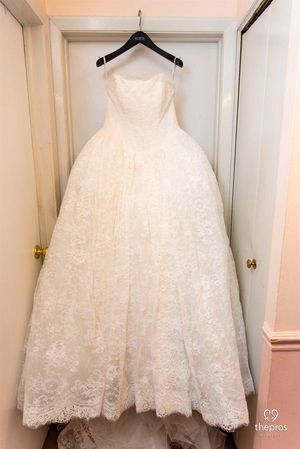 White by Vera Wang Wedding Dress, worn once, perfect condition, Ball gown, size 12 fits size 8/10 body, price tag available for Sale in Gaithersburg, MD