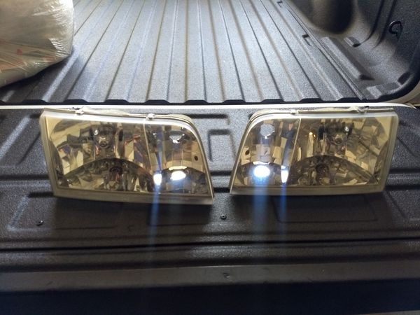 Crown Vic Headlight Embly