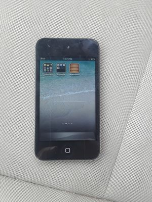 APPLE iTouch 4th generation 64gig for Sale in Fort Belvoir, VA