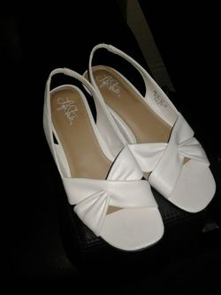 White Mimosa duncan sandal.Make an offer. Thumbnail