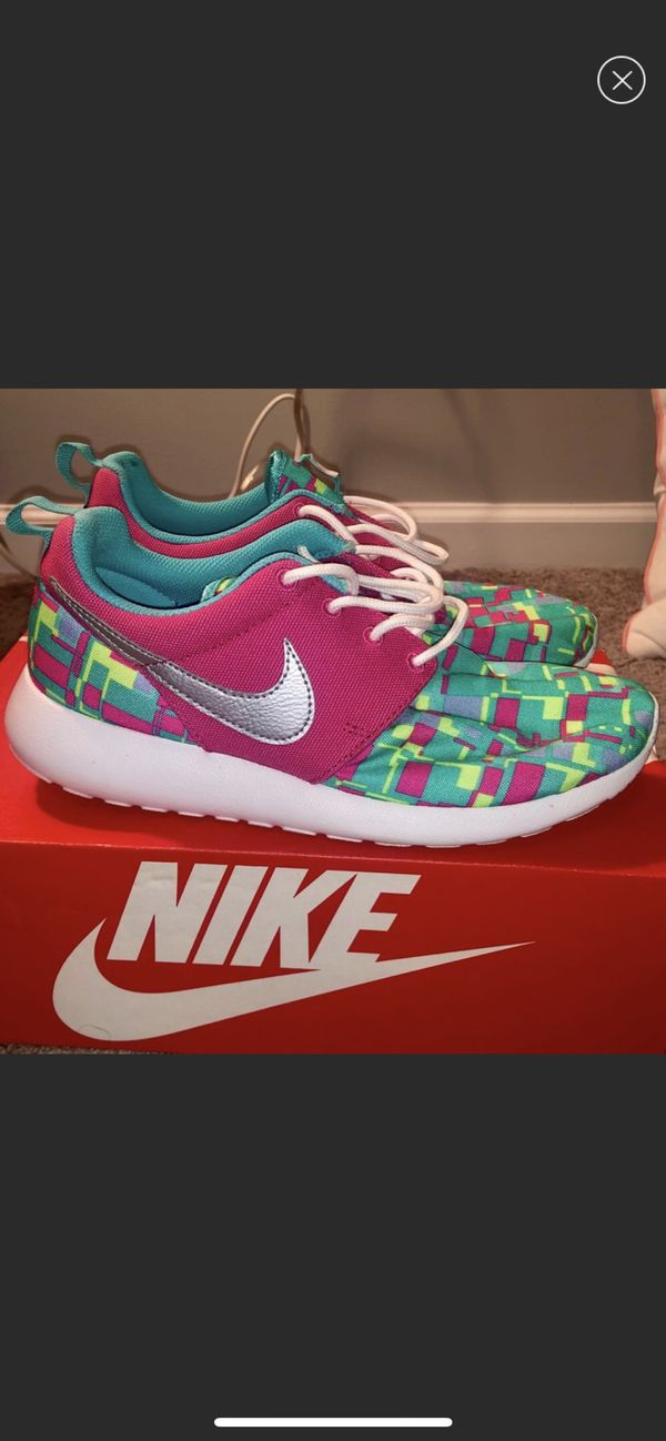828073b16dfa Nike Roshe Runs for Sale in Atlanta