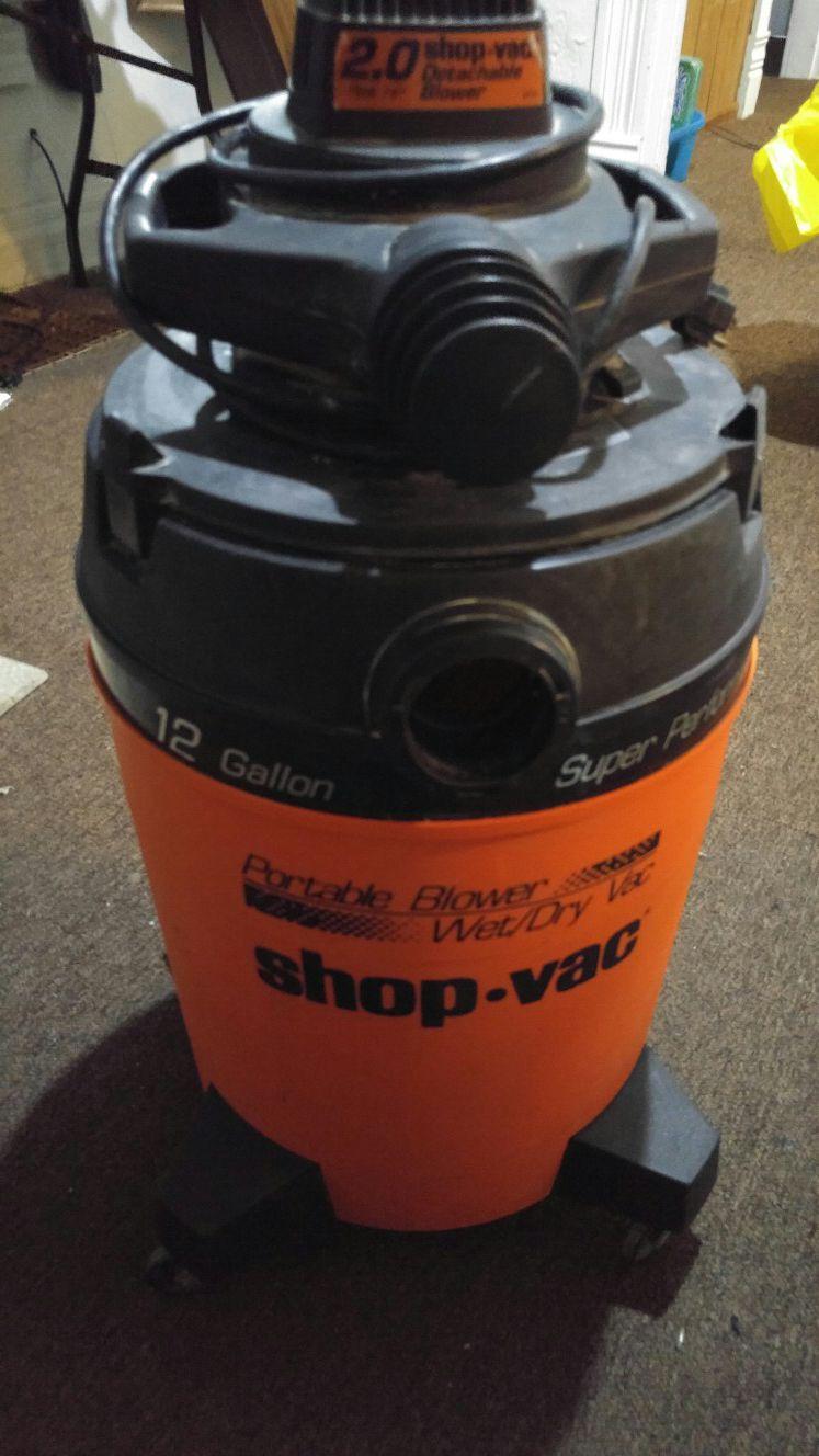 Photo Super Performance 12 gallon wet dry shop vac with detachable