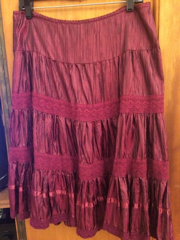 Fire Los Angeles size small skirt