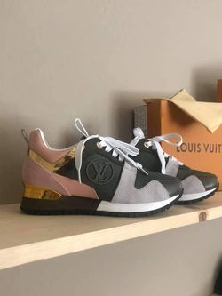 Designer Womens runaway sneakers Thumbnail