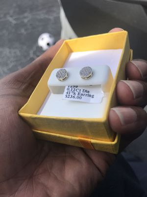 10k Gold Diamond Earrings for Sale in Orlando, FL