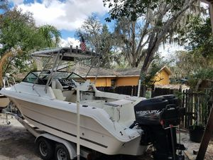 Sea Ray year 1990 walk around 2 mercury engines for Sale in Tampa, FL