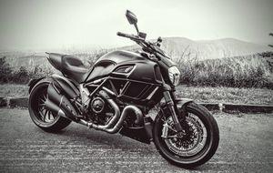 Ducati Diavel 2015 Dark Gen 2 Motorcycle for Sale in Alexandria, VA