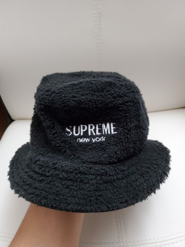 4fcdb8f139d Supreme Bucket Hat (Small Medium) for Sale in Victorville