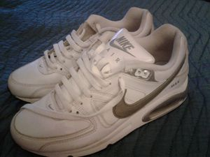 Ladys Nike shoes for Sale in Oxon Hill, MD