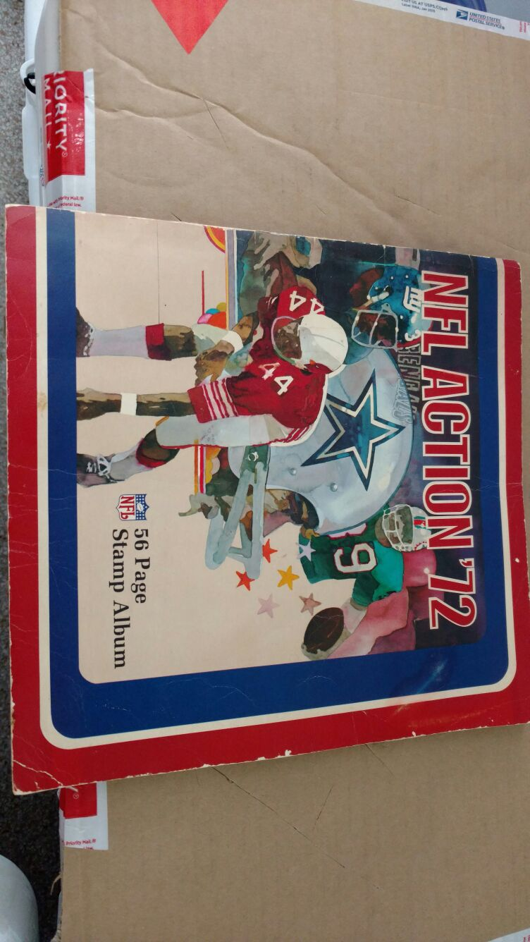 1972 NFL action 56-page stamp album