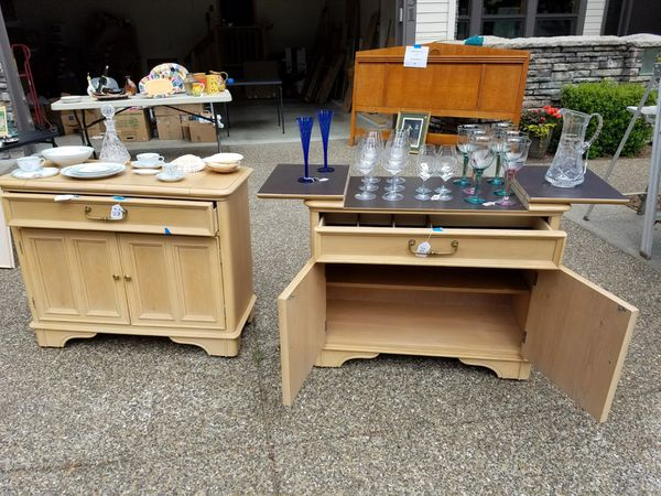 Dining Room Portable Buffet Servers Moving Sale Must Go