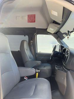 2012 Ford E-350 Thumbnail