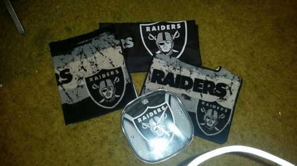 I Have This Raiders Bathroom Stuff Its In Really Good Shape Almost Brand New Theres 2 Rugs A Shower Curtain And Clock For Sale Greenacres
