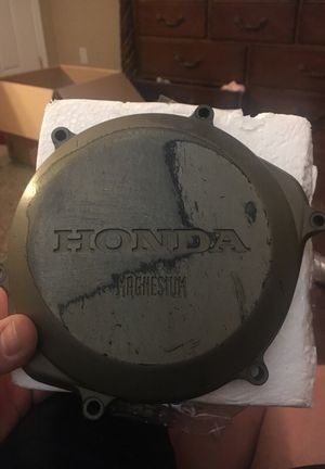CRF450R 2003 Clutch Cover for Sale in Salt Lake City, UT