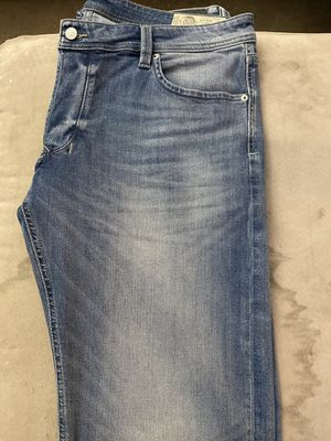 Photo Brand new Diesel Industry jeans in size 38/32 straight for