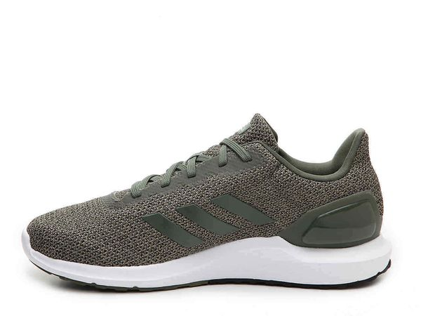 adidas libero scarpe immagine di scarpe