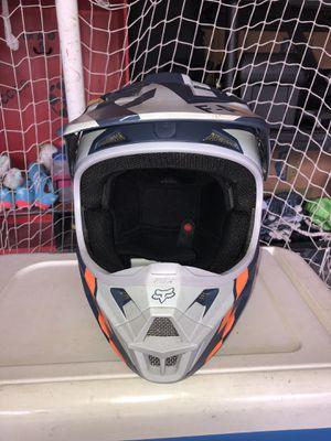 Fox Racing V1 Helmet (Size Medium) for Sale in Frederick, MD