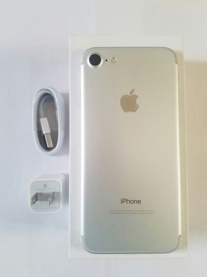 IPhone 7 , UNLOCKED . Excellent Condition ( as like New) for Sale in West Springfield, VA