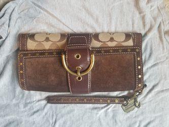 Authentic coach wallet Thumbnail